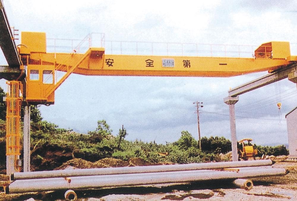天井クレーン 5t×18m